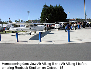 homecoming-fans-view-air