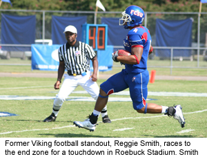 reggie-smith-signs-with-c