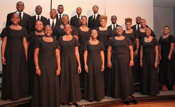 university-choir-performs