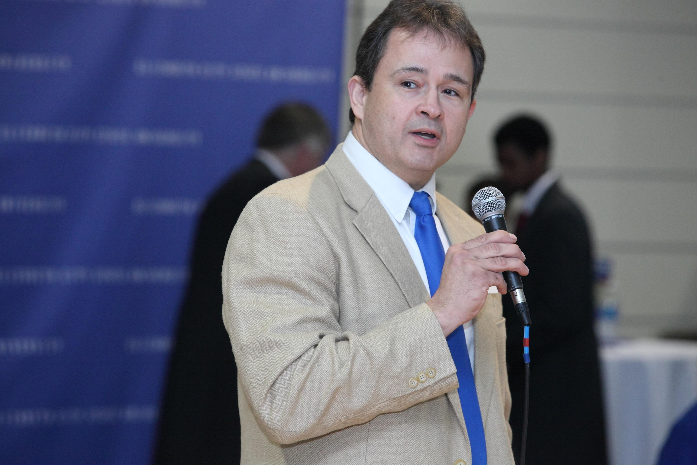 Dr. Glen Bowen