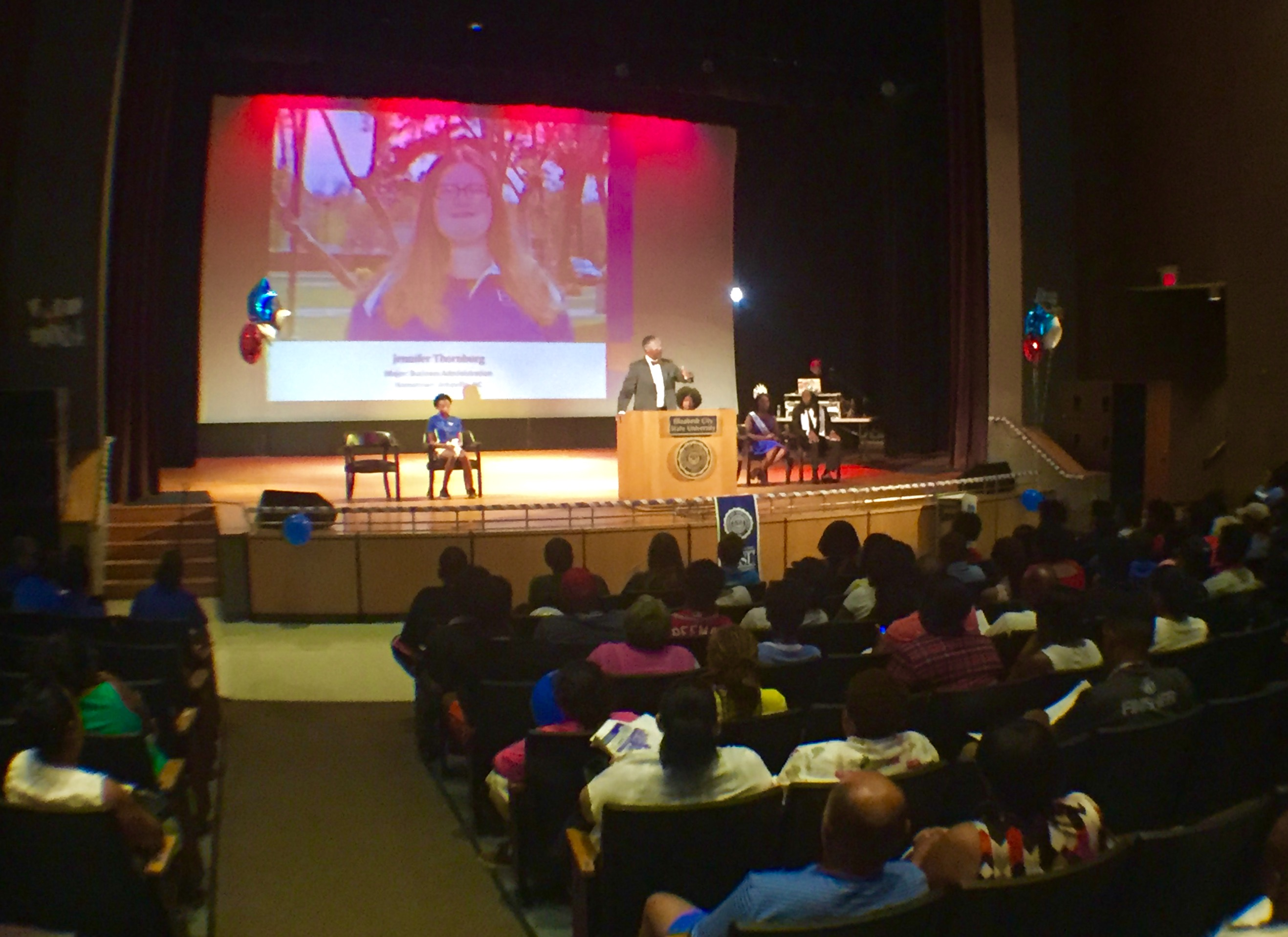 Chancellor Conway speaks to freshman class